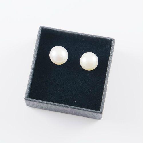 LAVI Freshwater Pearl Earring Studs -9mm