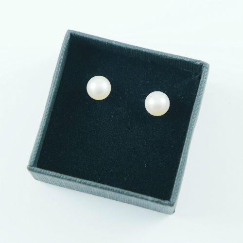LAVI Freshwater Pearl Earring Studs -7mm