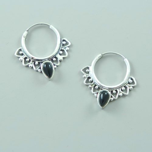 LAVI Onyx Hoop earrings