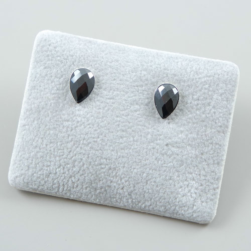 LAVI Drop shape Ear studs - 925 Silver