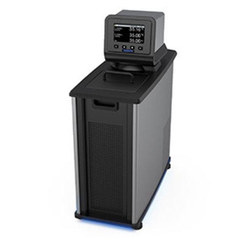 Polyscience AP07R-20-A12E Laboratorium waterbad met koeling, verwarming, circulatie en zeer uitgebreide programma functies