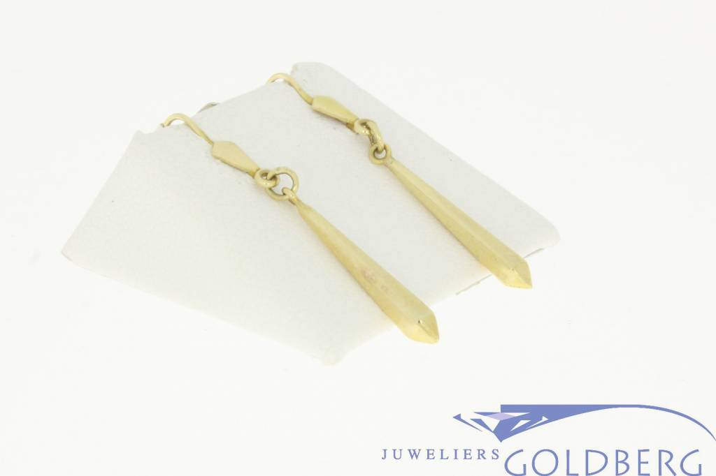 nice vintage gold spear drop earrings