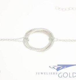 Zilveren armbandje 3x cirkel met zirconia's