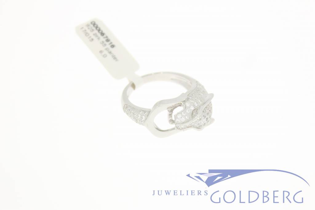 Silver panther ring with zirconia