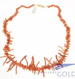 vintage bloedkoralen ketting met gouden slot