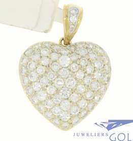 Large vintage 18 carat gold heart-shaped pendant with ca. 2.5ct brilliant cut diamond