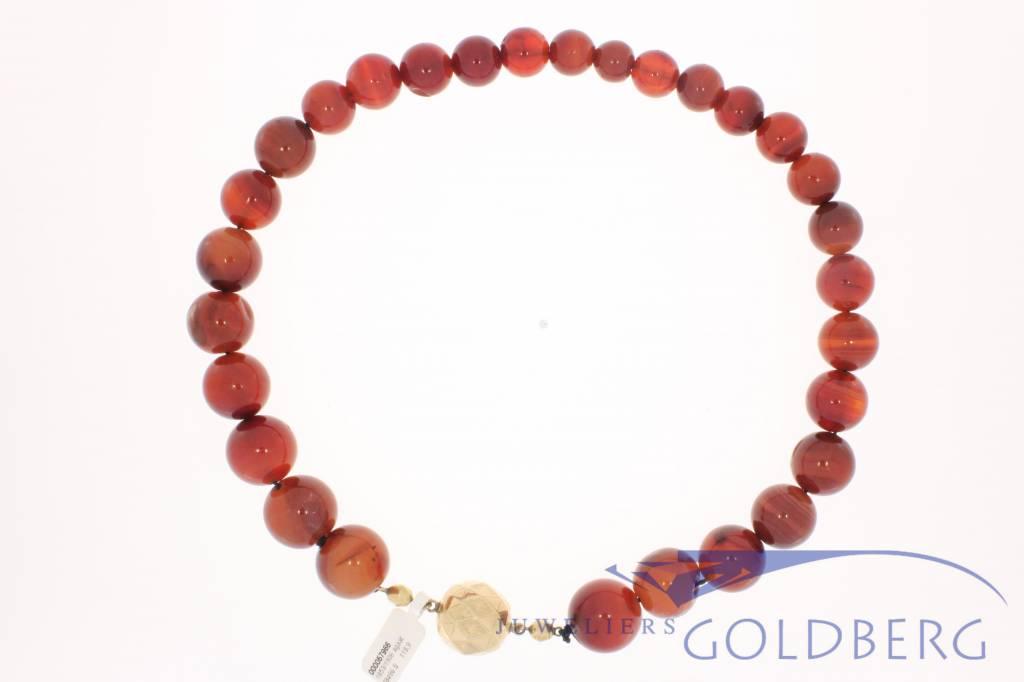Antiek agaat collier gouden slot 1853-1906