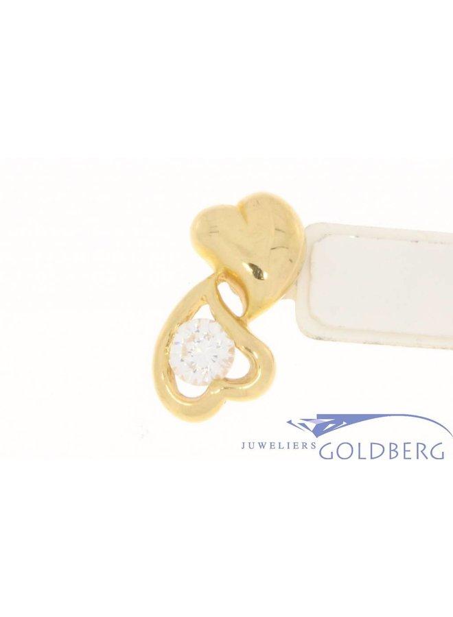Vintage 18k gouden hanger met 2 hartjes en zirconia