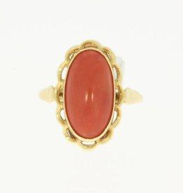 Vintage 14k gouden ring als een bloem met bloedkoraal