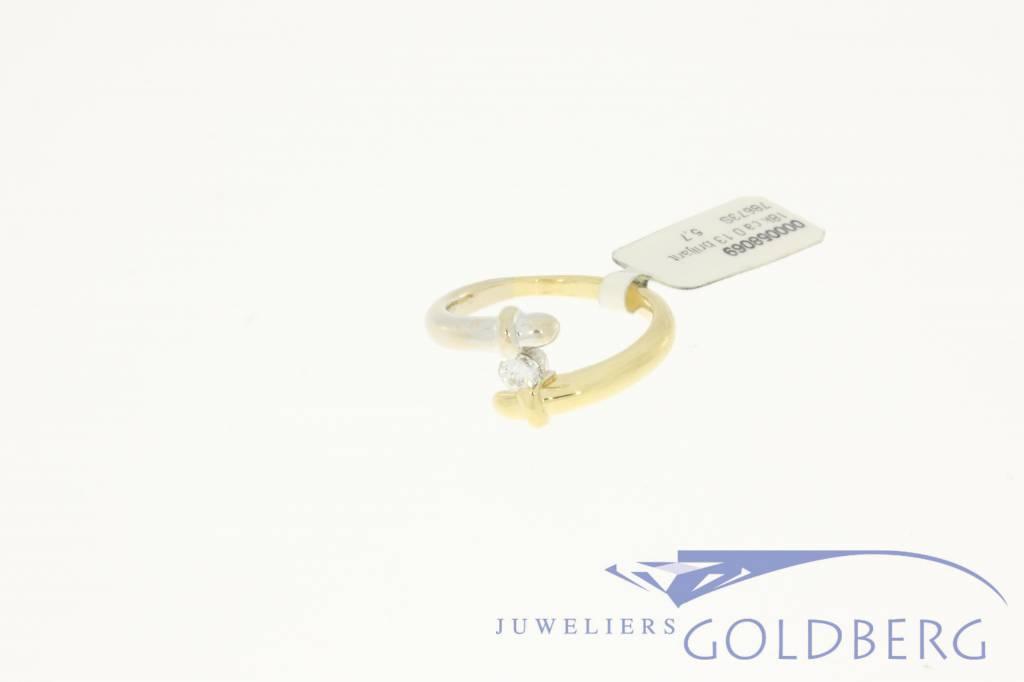 18 carat bicolor ring with ca. 0.13c diamond