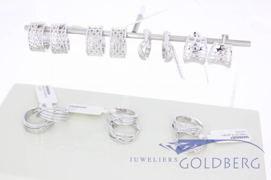 Nieuwe zilveren oorbellen in de collectie van €35,- tot €55,- per paar!