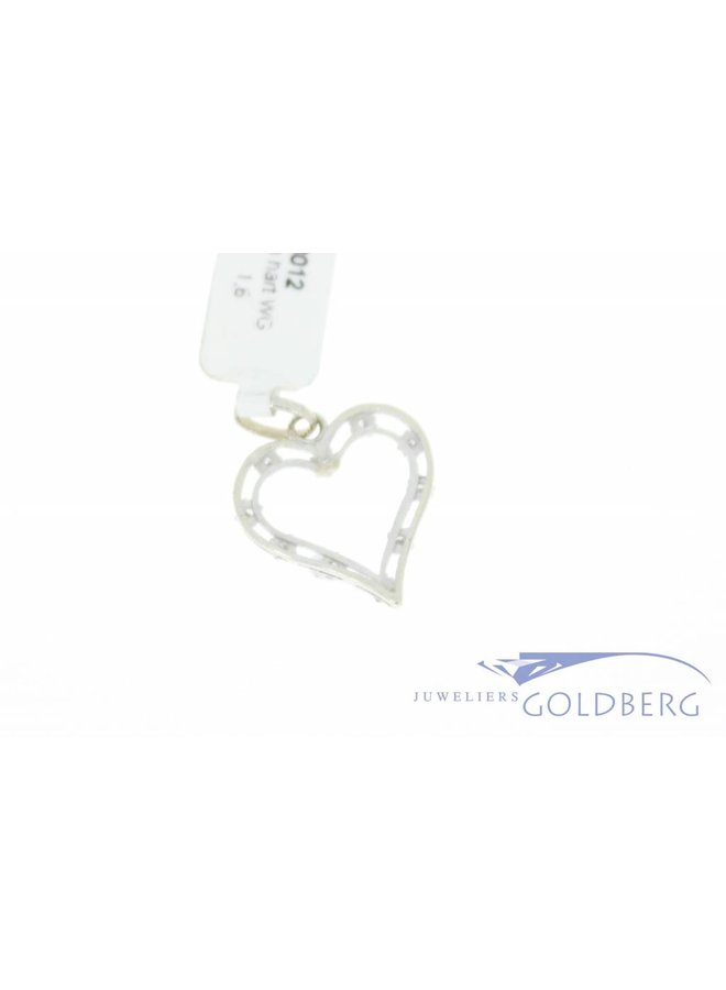 Vintage 18 carat white gold open heart-shaped pendant with diamond