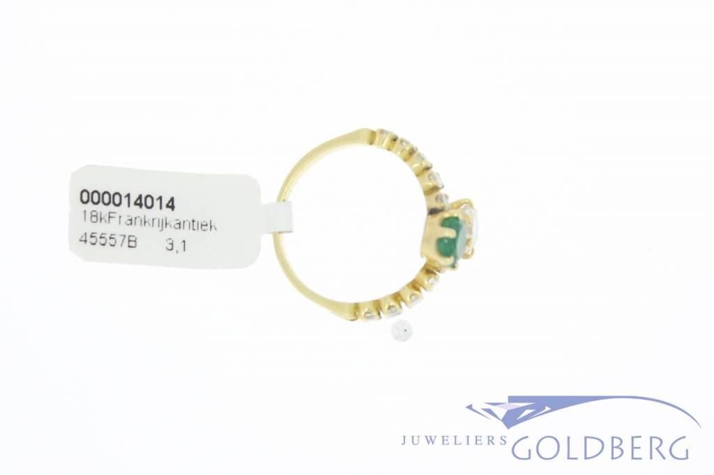 Antieke 18k gouden ring met smaragd en ca. 0.80ct briljant geslepen diamant