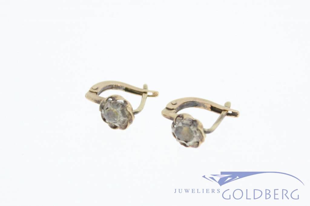 Antieke 14k gouden oorstekers met roos geslepen diamant 1906-1953
