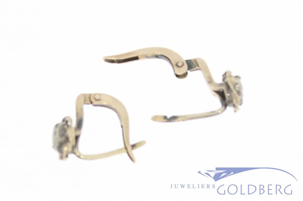 Antique 14 carat gold earstuds with rose cut diamond 1906-1953