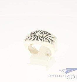 Vintage zware zilveren ring versierd kruis