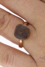 18 carat rose gold ring with grey stone