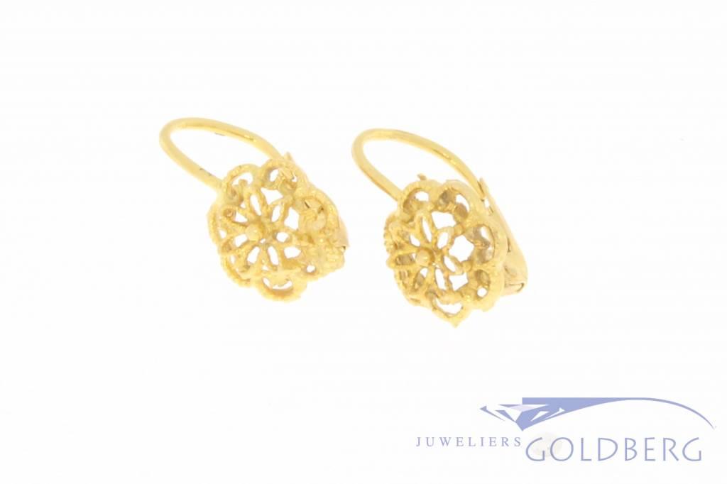 Vintage 18k gouden bloemvormige oorhangers