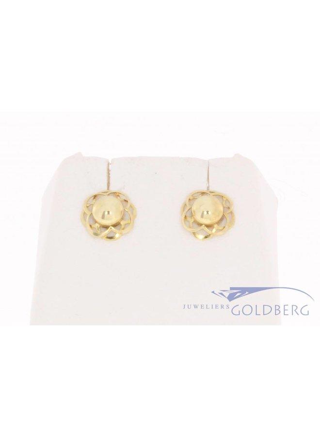 Vintage 14k gouden bloemvormige oorstekers