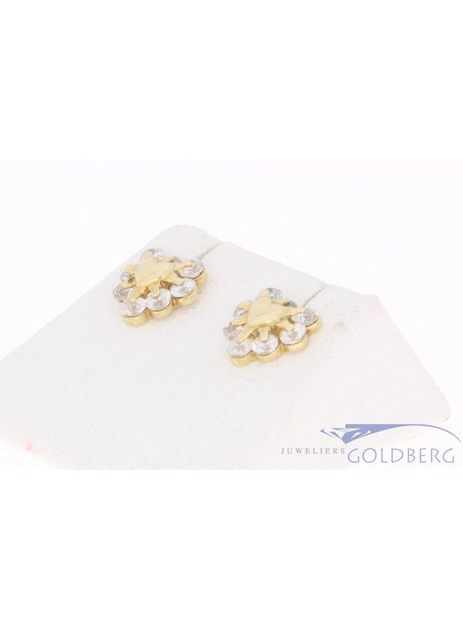 Vintage 14k gouden hartvormige oorstekers met zirconia