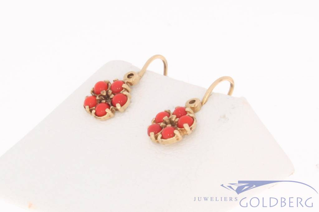 Vintage 14 carat gold earrings with red stone