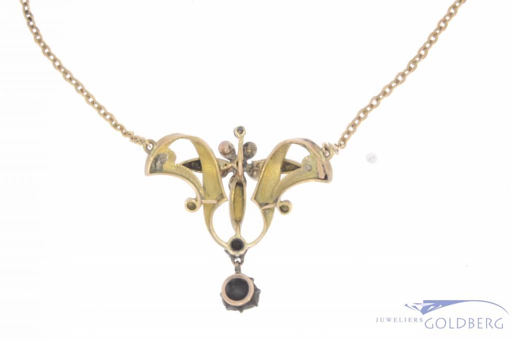 Antieke 14k gouden collier en hanger met ca. 1ct diamant