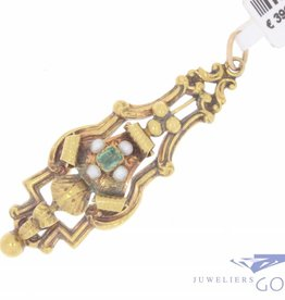 Antique 18 carat gold pendant with emerald and stone pearl