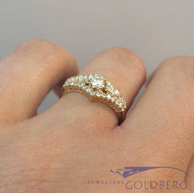 Vintage 18 carat gold ring with ca. 0.50ct diamond