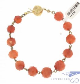 Antique carnelian bracelet with 14 carat gold lock 1925-1963