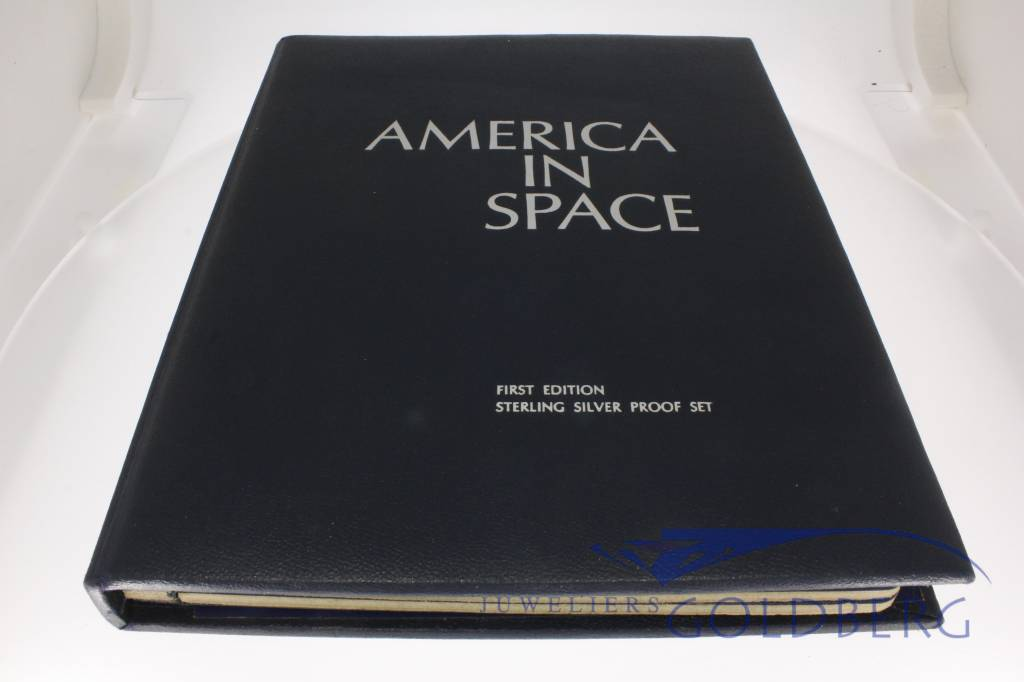 """""""America in Space"""" 36-set silver medals Franklin Mint."""