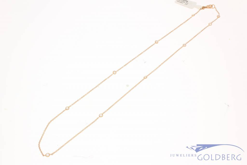 Fine 14 carat rose gold necklace with zirconia