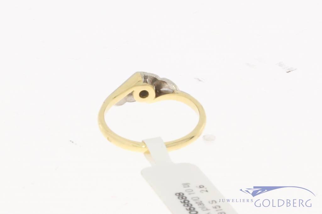 Vintage 18 carat gold & platinum ring with ca. 0.10ct brilliant cut diamond