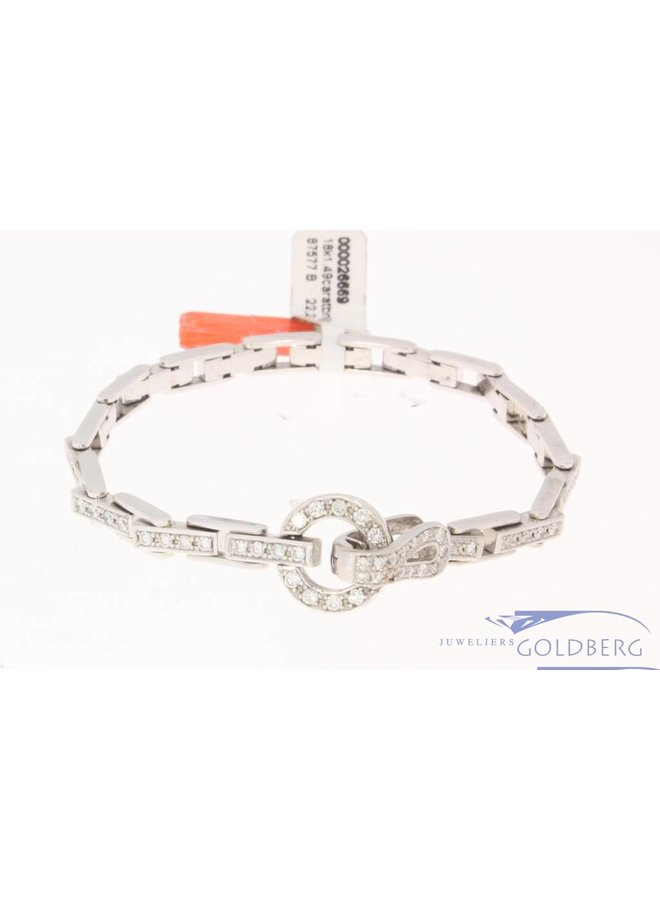 18 carat white gold bracelet with 1.49ct of diamonds