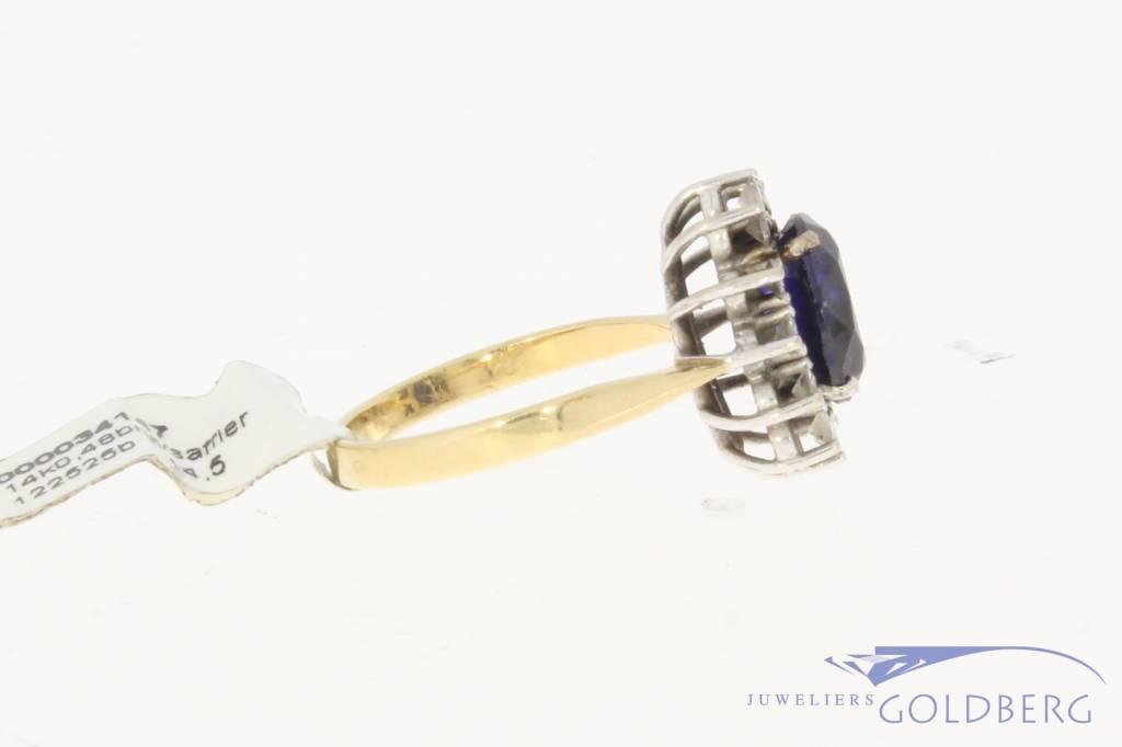 14k geelgouden rozet ring met ca. 0.48ct briljant en saffier