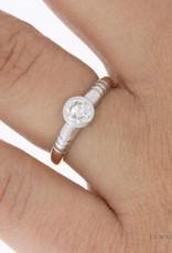 18k bicolor gouden solitaire ring met ca. 0.45ct briljant geslepen diamant