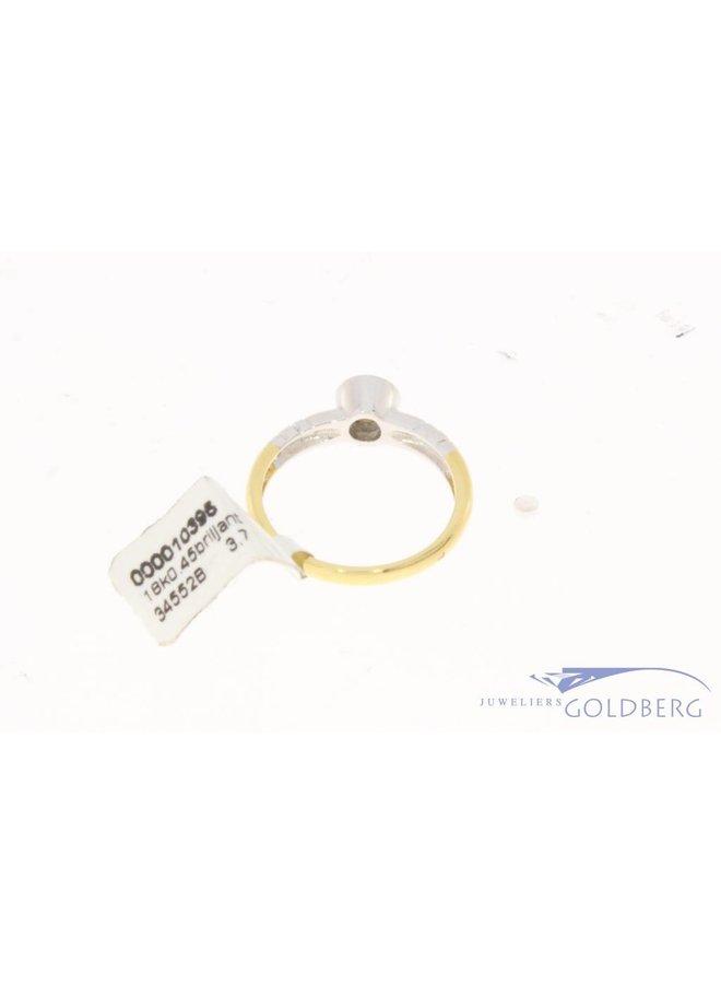 18 carat bicolor gold solitair ring with ca. 0.45ct brilliant cut diamond