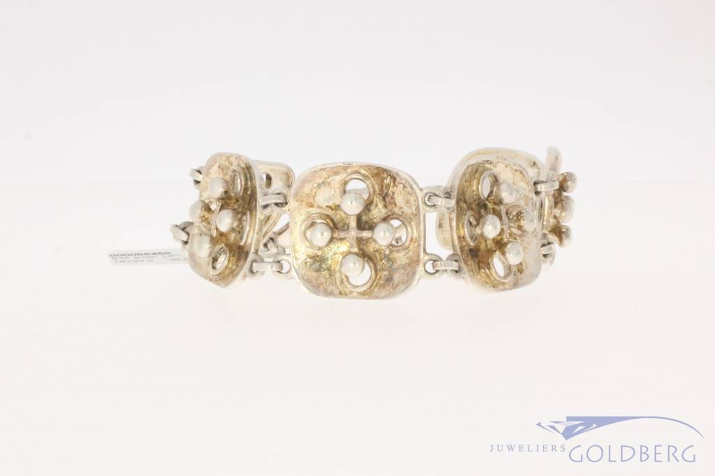 Robust vintage silver bracelet