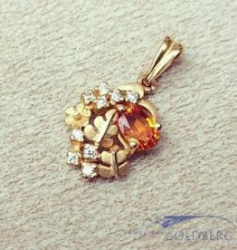Vintage 20 carat gold vintage pendant with citrine and zirconia