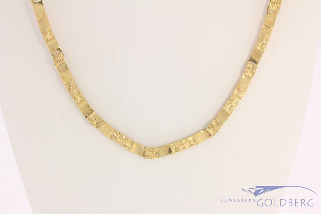 Vintage 14 carat gold design necklace