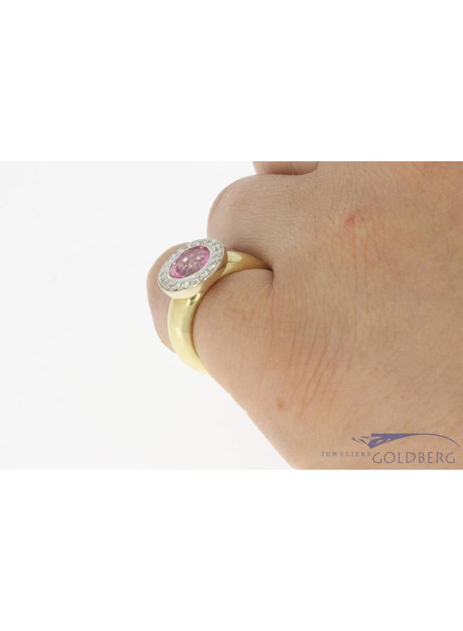 Vintage 14 carat gold ring with pink zirconia and ca. 0.22ct brilliant cut diamond