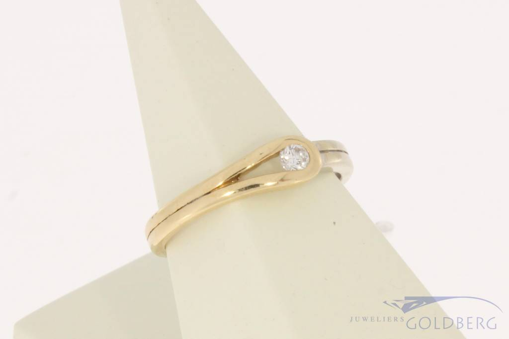 Vintage 14 carat bicolor gold LeChic ring with ca. 0.10ct brilliant cut diamond