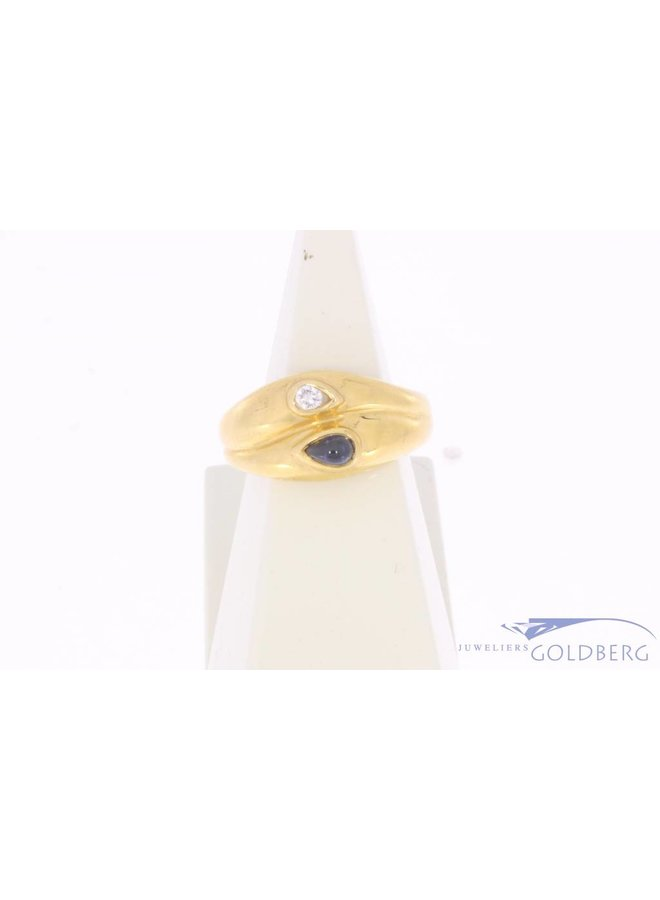 Robust vintage 18 carat gold ring with sapphire and ca. 0.05ct brilliant cut diamond