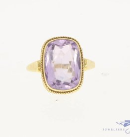 Vintage 14 carat gold ring with facet cut amethyst