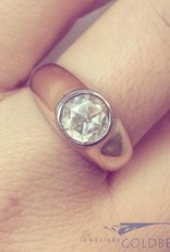 Robust vintage 14 carat gold ring with rose cut diamond