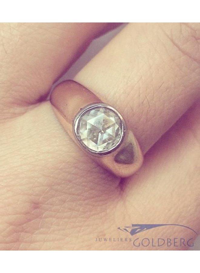 Robuuste vintage 14k gouden ring met roos geslepen diamant