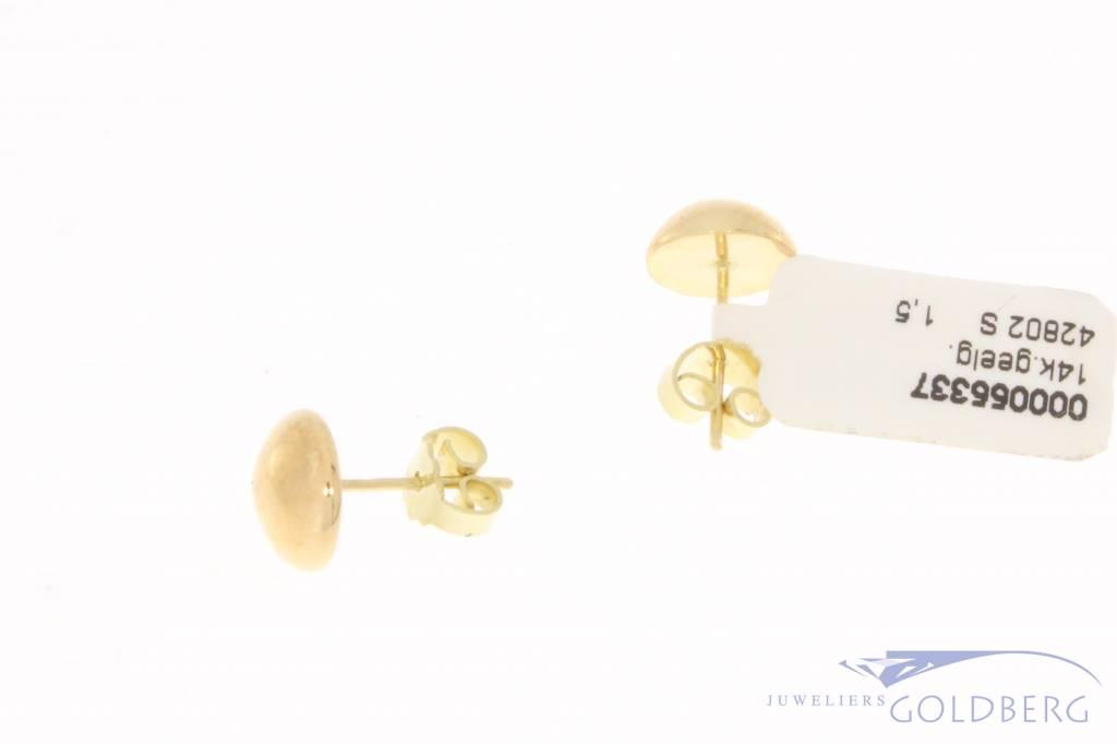 Vintage 14 carat gold spherical ear studs