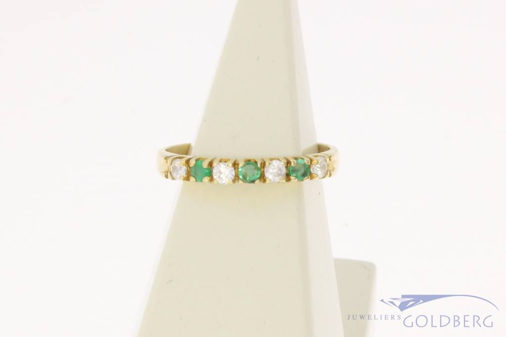 Vintage 14 carat gold alliance ring with zirconia and synthetic emerald