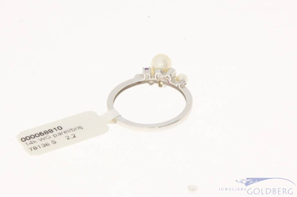 Vintage 14 carat white gold ring with pearl, amethyst, pink tourmaline, peridot & brilliant cut diamond