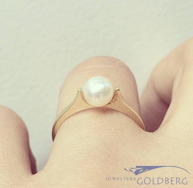 Minimalistische vintage 14k gouden ring met parel
