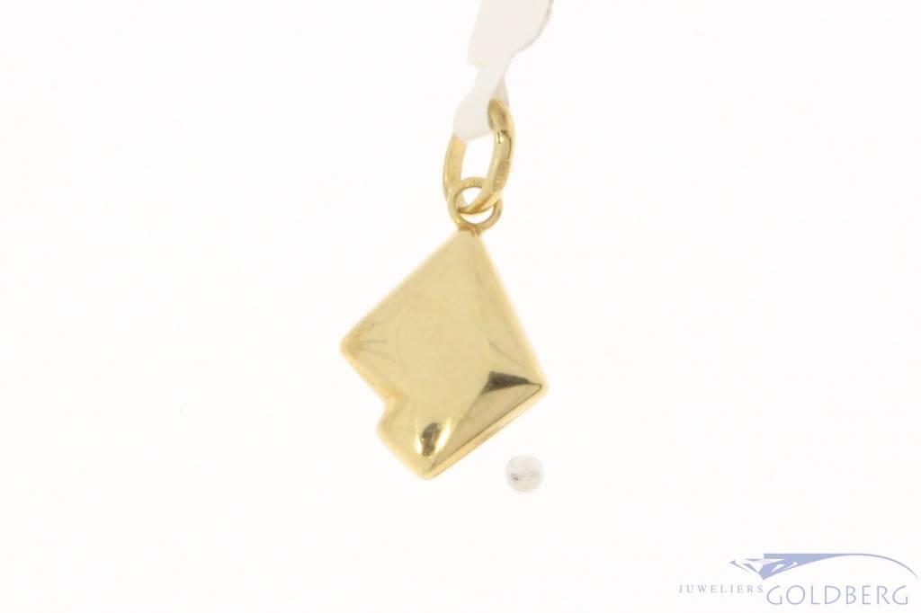 Vintage 14 carat gold pendant with Lapis Lazuli